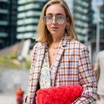 NGA MËNGJESI NË DARKË/ Modelet e çantave që vajzat e njohura kanë zgjedhur për vjeshtën
