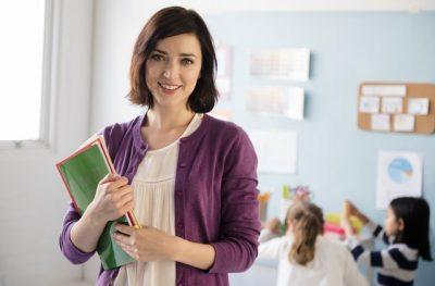 TË SIKLETSHME/ Mësuesit rrëfejnë momentet më të turpshme në sy të nxënësve