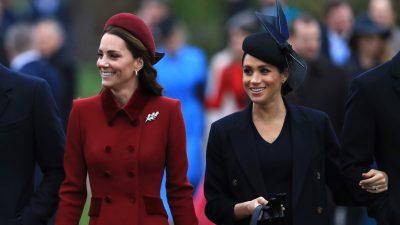 NUK NA KISHTE SHKUAR MENDJA/ Ja pse dukeshat po veshin fustane të shtrenjta me vathë të lirë