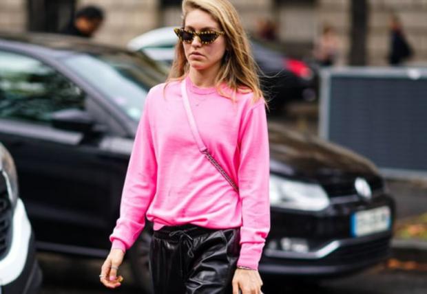 DO TË NA FALENDERONI/ Ja 15 mënyra për të veshur pantallonat e lëkurës si ikonat e modës