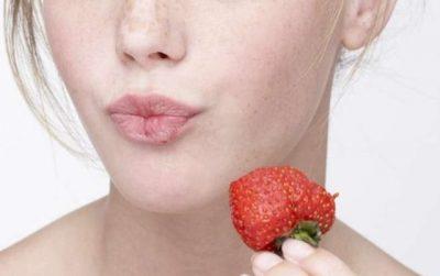 E RËNDËSISHME TA DINI/ Dhjetë ushqimet që bëjnë mirë për lëkurën tënde