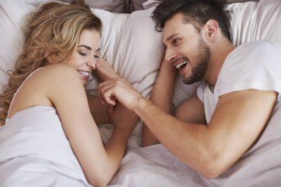 ASGJË SIÇ E KISHIT MENDUAR/ Gjërat që çiftet e lumtura bëjnë çdo natë para se të flenë