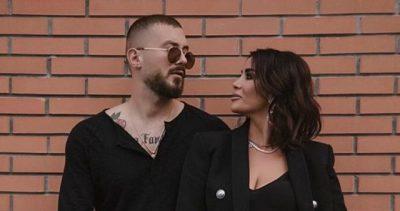 """""""ME TY FLE ÇDO NATË, DUA TË TË PREK""""/ Romeo e thotë troç në publik, ja reagimi i Jonida Maliqit (VIDEO)"""