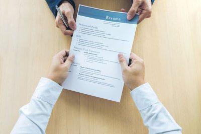 FLASIN EKSPERTËT/ Pse 90% e CV-ve të punës refuzohen?