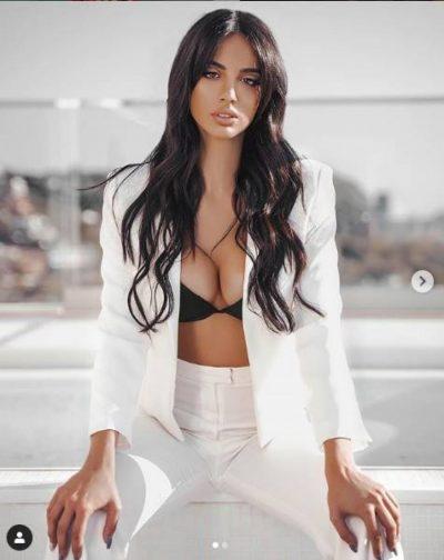 """""""MY OH MY""""/ Moderatorja shqiptare e sportit nuk i lë vend imagjinatës me bikini minimalist (FOTO)"""