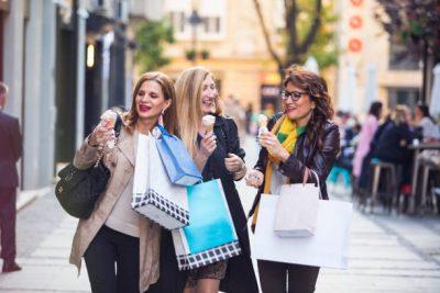 DO TË NA FALENDERONI/ Mos i humbisni këto këshilla kur është fjala për rroba