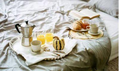 ZBULOJENI TANI/ Ekspertët e thonë nëse është keq të hani para se të flini