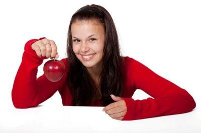 JA CILAT JANË/ Pesë ushqime që mund t'i hani dhe të mos fitoni peshë
