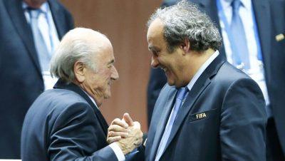 E PAPRITUR/ Akuzohen për afera korruptive, FIFA padit Blaterin dhe Platininë