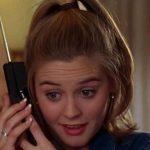FLISNI SHPESH ME MAMIN NË TELEFON? Zbuloni çfarë thotë ky studim për ju