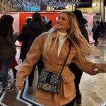 LORI HOXHA NUK NDALET/ Koleksionit të saj mijëra dollarësh, i shtohet një tjetër çantë!