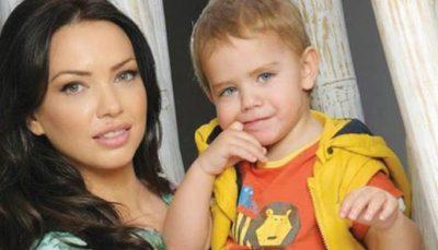 SI RRALLË HERË! Xhemi Shehu poston foton me të birin dhe ai nuk mund të ishte më bukurosh se kaq