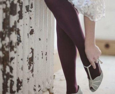 NËSE E KE MENDUAR NDIQ KËTO KËSHILLA/ A mund t'i veshësh getat me këpucë të hapura për festa?