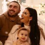 FESTAT E FUNDVITIT/ Gjiko dhe Elita sjellin videon më të bukur familjare