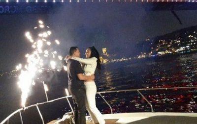MOMENTI ERDHI/ I dashuri turk i propozon për martesë Genta Ismajlit