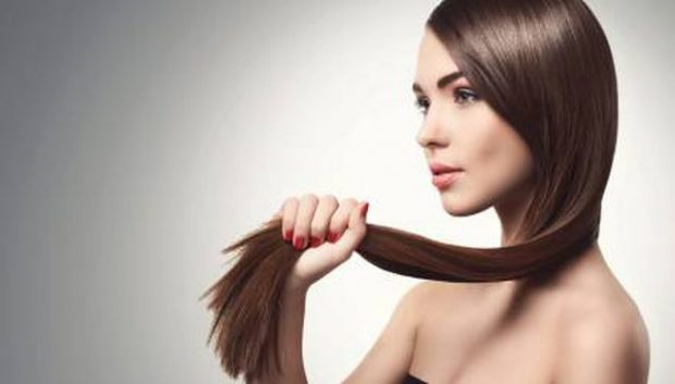 DUHET TA PROVONI/ Pse kjo maskë në kushtet e shtëpisë është perfekte për flokët tuaj