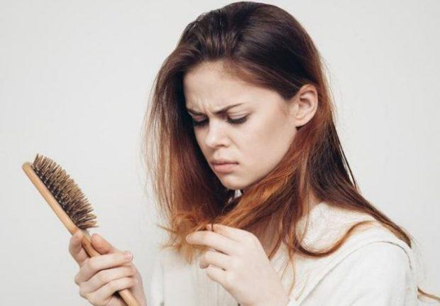 """GRAT PO """"ÇMENDEN""""/ Kjo pudër e lashtë kineze ju mbron nga rënia e flokëve"""