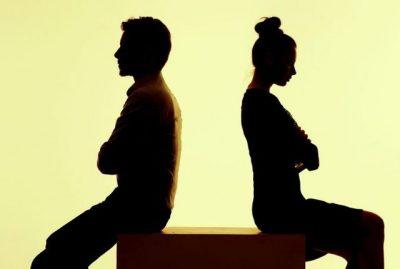 TREGOHUNI TË KUJDESSHËM/ Ja shenjat që të tregojnë se je në një marrëdhënie mbytëse e toksike