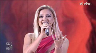 """I FTUAR SPECIAL/ Alketa Vejsiu performon në """"Festivalin e Këngës"""" (VIDEO)"""