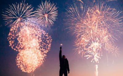TË ÇUDITSHME POR TË VËRTETA/ 5 kuriozitete për festën e Vitit të Ri!