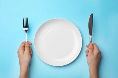 DONI TË JETONI MË GJATË? Atëherë duhet të hani vetëm 6 orë në ditë