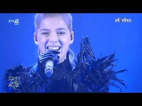 """FINALJA E """"FESTIVALIT TË KËNGËS""""/ Arilena Ara do të na përfaqësojë në """"Eurovision"""""""