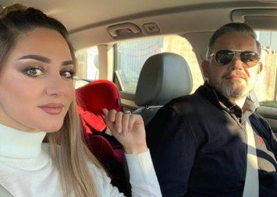 """""""EDHE NËPËR STUHI BASHKË""""/ Bieta Sulo i dedikon këto fjalë Albanit dhe uron festat për të gjithë shqiptarët"""