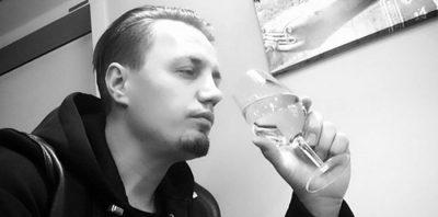 """""""PREKU SHUMË ZEMRA""""/ Blero rikthen një prej KËNGËVE hit të tij (VIDEO)"""