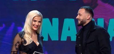 """""""MË FAL, MË FAL, SYRI I KEQ""""/ Zerka shkon ta puthë, por i heq Marinës… (VIDEO)"""