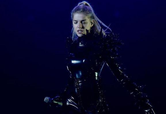 SHQIP APO ANGLISHT? Arilena Ara e ka të qartë ç'gjuhë do të këndojë në Eurovision