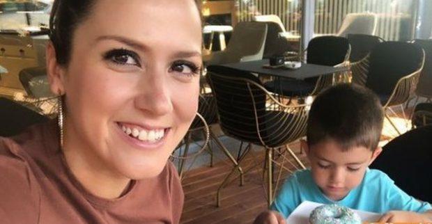 """""""ZOT FALEMINDERIT""""/ Arbana Osmani poston foton e bukur me të birin"""
