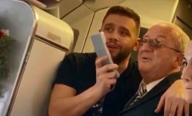 NA KËNAQËN! I patë edhe ju Luan Zhegun dhe Flori Mumajesin duke dhënë shfaqje në avion?