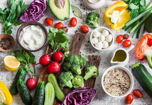 NDIQENI DHE JU/ Ekspertët shpallin dietën mesdhetare si dietën më të mirë në botë