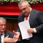 """SHËNIM/ Heshtja """"VRASTARE"""" e """"ÇIFTIT"""" Meta-Berisha për reformën zgjedhore"""