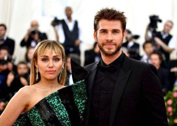 PAS 10 VITESH ROMANCË/ Liam Hemsworth në një lidhje me modelen, por Miley…