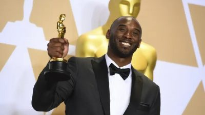 """""""ARTIST I SHKËLQYER""""/ Kobe Bryant do të nderohet gjatë mbrëmjes së çmimeve Oscar"""