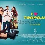 """""""I LOVE TROPOJA""""/ VIP-at shqiptarë pjesë e PREMIERËS, ja çfarë po ndodh në Pallatin e Kongreseve"""