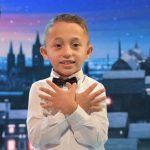 I JASHTËZAKONSHËM/ Nikolla, fëmija që reciton përmendësh 3000 vargje të Fishtës (FOTO+VIDEO)