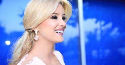 """SONTE ËSHTË NATA E MADHE! Alketa Vejsiu ngjitet në skenën magjike të """"Sanremo-s"""" (FOTO)"""