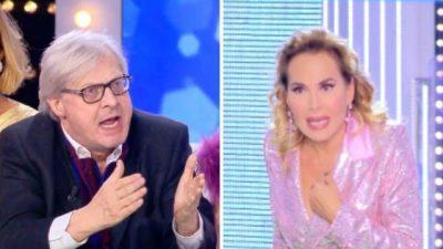"""""""NA ÇAVE TRAPIN""""/ Tension në emisionin italian, analisti kapet me Barbara d'Urson"""