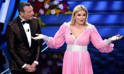 """""""NË SHQIPËRI U KA MBIRË MLLEFI…""""/ Alketa publikon videon në Sanremo dhe fansja ja thotë troç: Fustanet e tua dhe xhaketat e Amadeus…"""