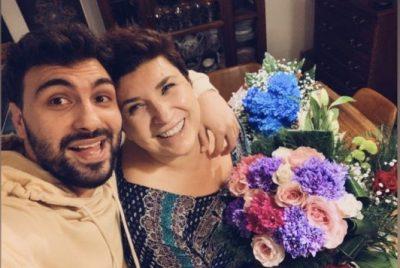 """""""MË KE FRYMËZUAR GJITHË JETËN""""/ Ledri Vula i bën dedikimin e veçantë të ëmës për ditëlindje"""