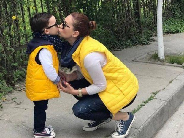"""""""KANË KALUAR 6 VITE…""""/ Fjodora Fjora: S'kemi pse flasim më si dhe pse Teo u bë djali im"""