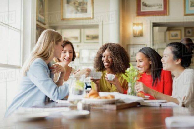 STUDIM/ Gratë që flasin shumë jetojnë më gjatë