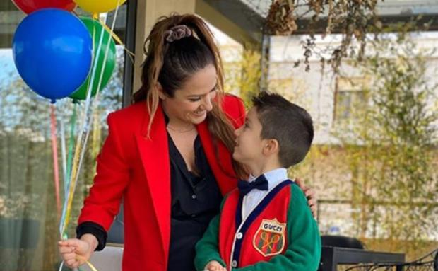 MBUSH 5 VJEÇ/ I biri i Arbana Osmanit feston 5 vjetorin, pamje nga festa përrallore