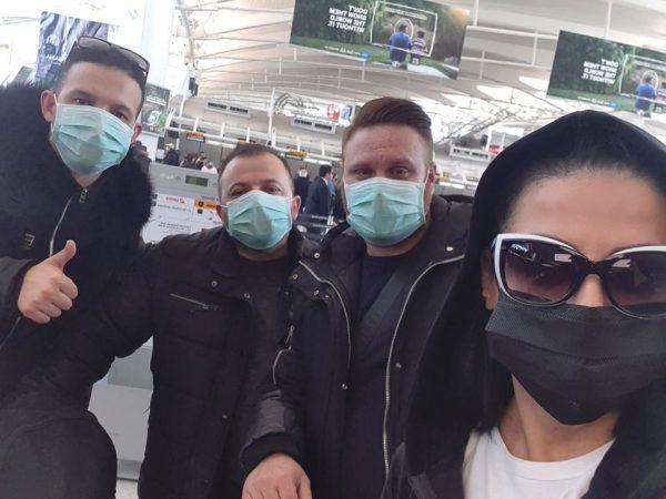 KORONAVIRUSI/ Aurela Gaçe anulon koncertet në SHBA prej epidemisë: Në Shqipëri do vetëizolohemi për 14 ditë (FOTO)