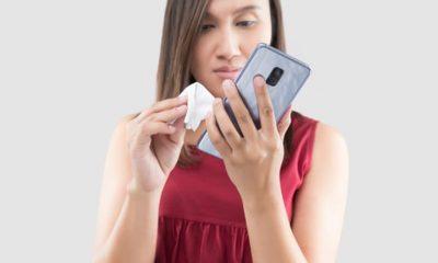 DUHET TI DINI/ Mënyrat më të sigurta për të pastruar celularin