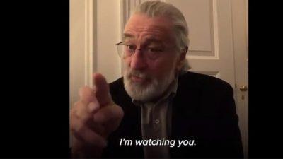 KORONAVIRUSI/ Mesazhi i aktorit të famshëm për qytetarët: Qëndroni në shtëpi! Robert De Niro po ju shikon (VIDEO)