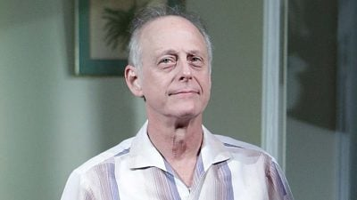 KORONAVIRUSI/ COVID-19 i merr jetën aktorit të famshëm 69-vjeçar