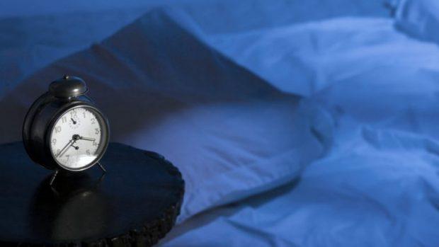 PËR NJË JETË TË SHËNDETSHME/ Mos e neglizhoni gjumin, pamja juaj s'do të jetë në formë të mirë